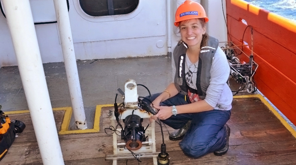Featured Student:  Florida State PhD student Caroline Johansen Counts Bubbles to Understand Natural Oil Seeps