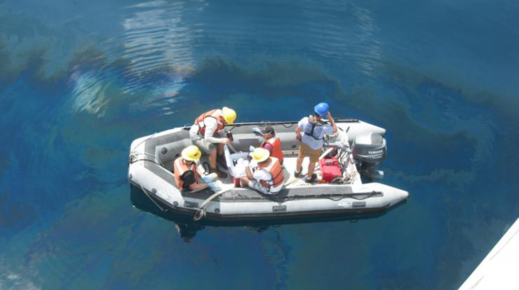 Teachers participate in Gulf of Mexico research expedition