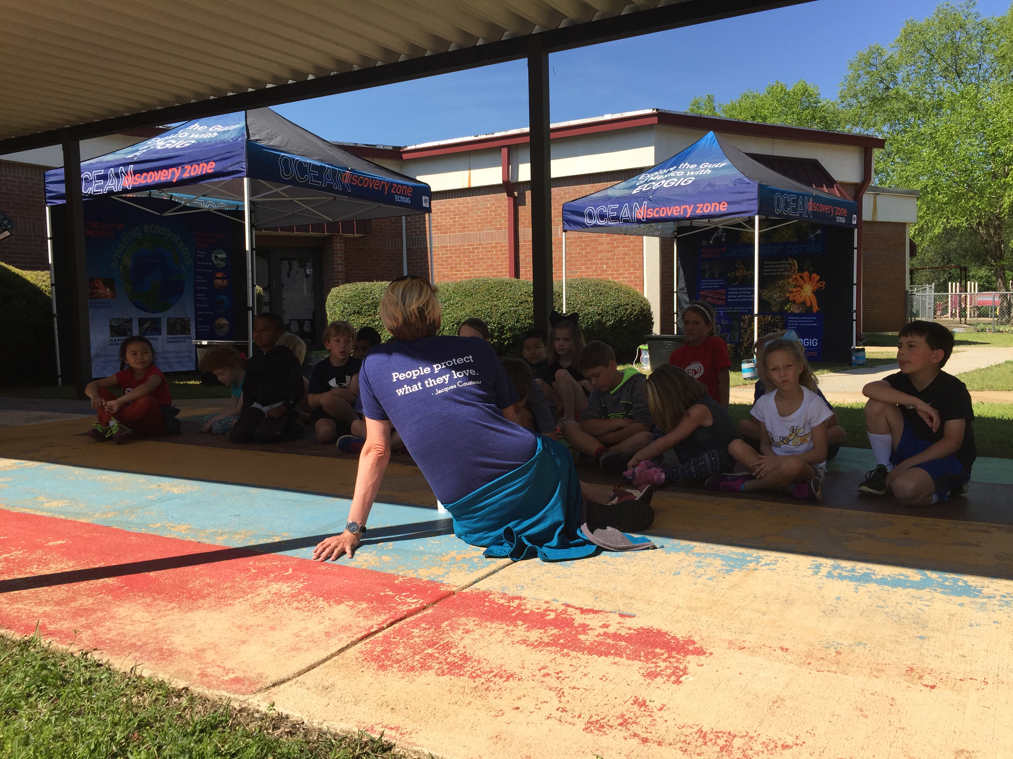 <div style='color:#000000;'><br /><br /><h2>2017 Oconee Primary School. ECOGIG outreach staff visited Oconee Primary for a second year in a row and shared ocean conservation messages with over 200 first & second graders. </h2>(c) ECOGIG</div>
