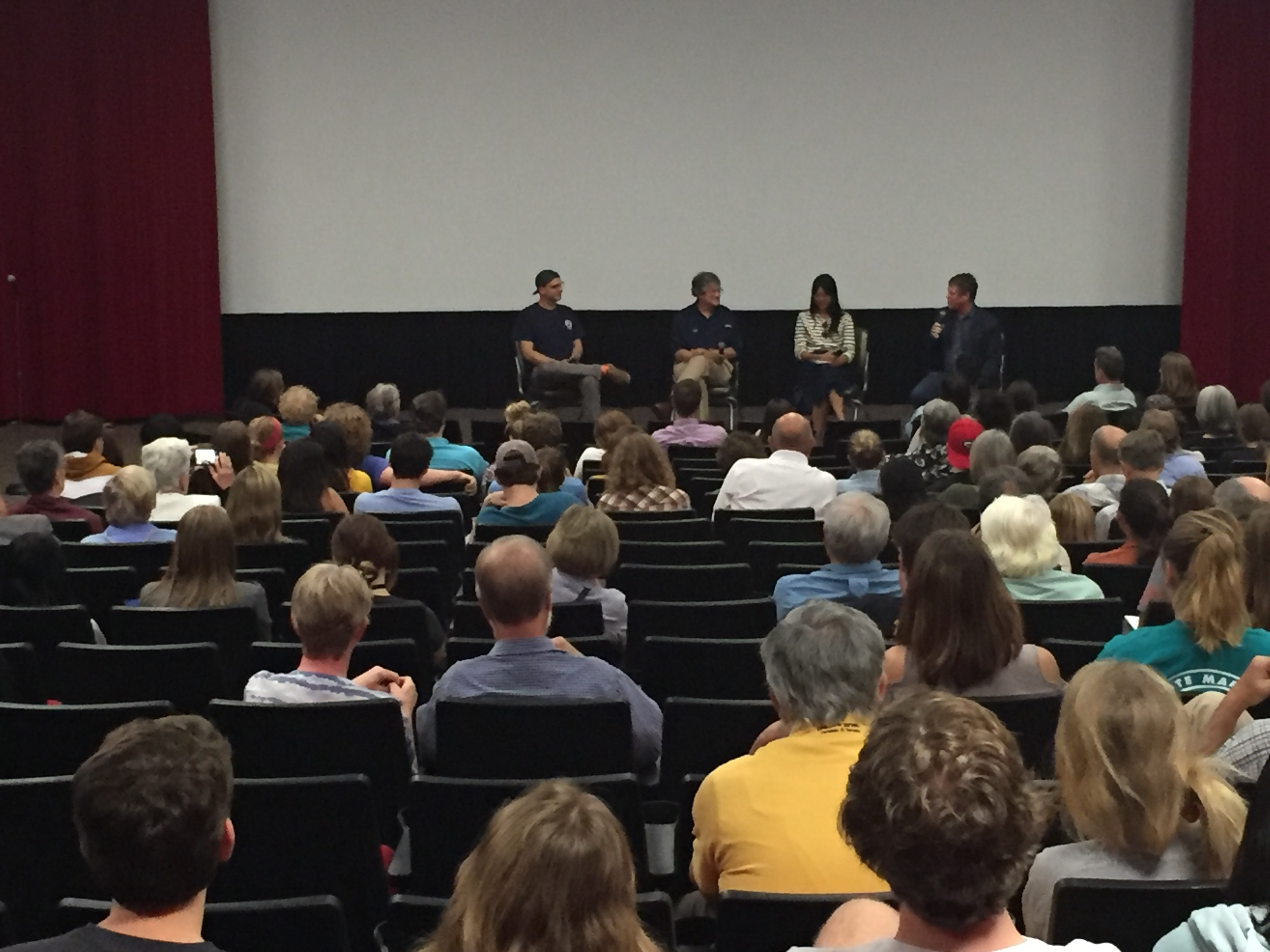 <div style='color:#000000;'><br /><br /><h2>2017 Chasing Coral screening. ECOGIG hosted 3 screenings of the movie Chasing Coral at the University of Georgia in October, 2017. After each screening, a Q&A session was held involving key members of the movie. </h2>(c) ECOGIG</div>